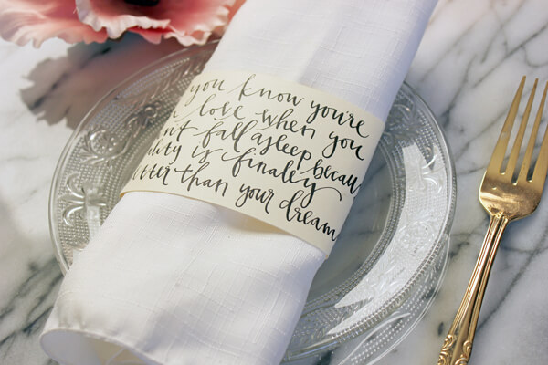 7 ways to incorporate quotes in your wedding and sprinkle the magic of words (8)