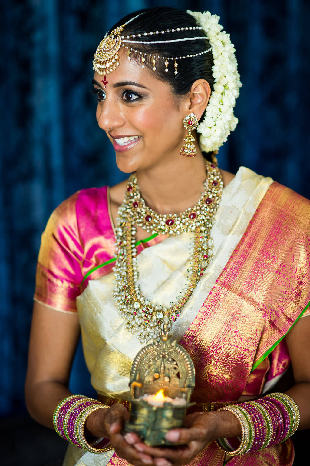 Real Wedding of Kavya and Pranay _ Photography by Davina and Daniel Ecletic fusion Indian American Wedding Planning India Mehndi Reception (28)