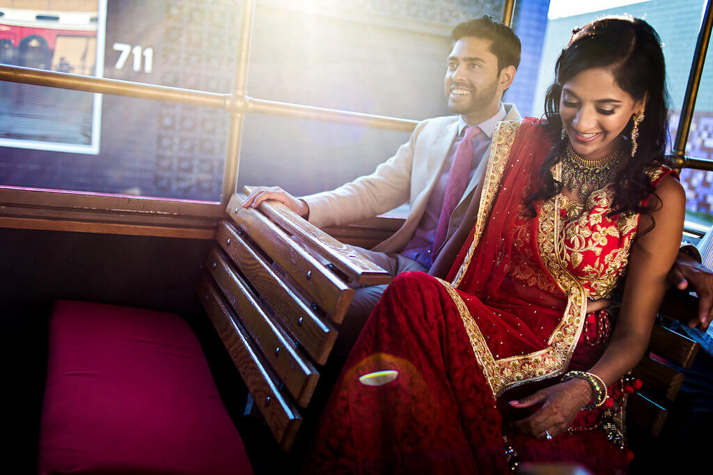 Real Wedding of Kavya and Pranay _ Photography by Davina and Daniel Ecletic fusion Indian American Wedding Planning India Mehndi Reception (36)