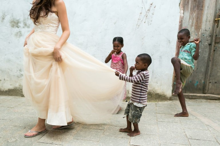 Photos that will make you say YES to a Destination Wedding with Kids_Photography by Chrristophe Visuex