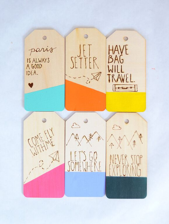 etched-luggage-tag woodden