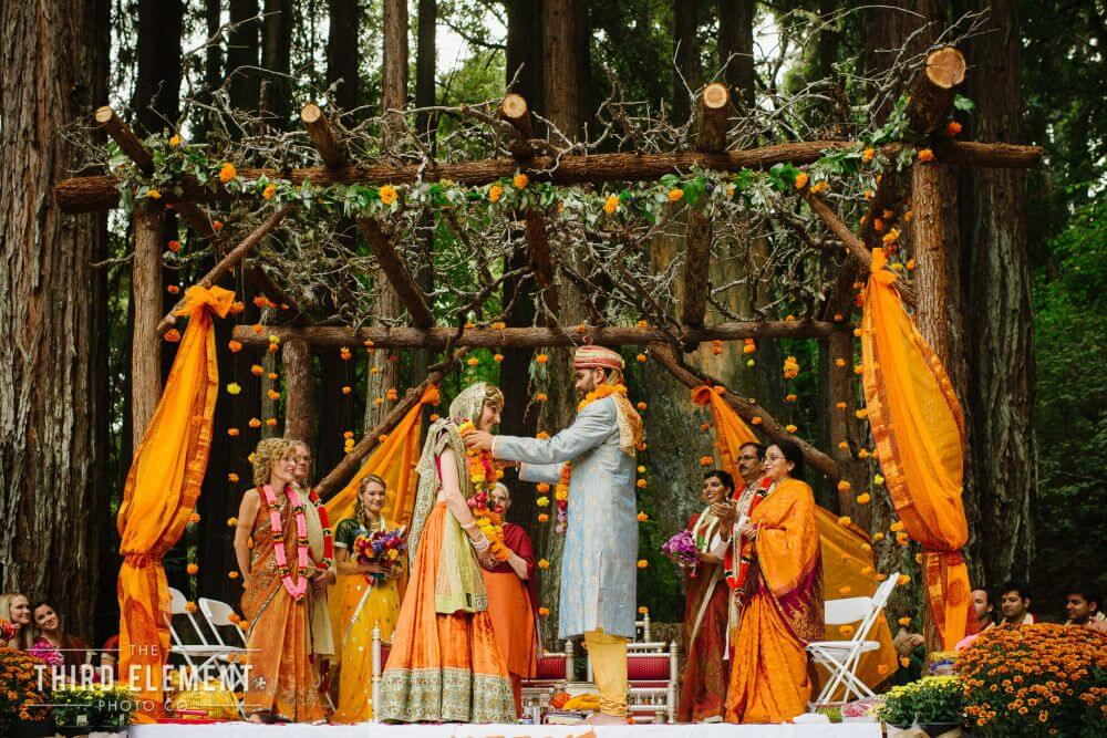 marigold inspired indian wedding featured on memorable indian weddings photography by third element photo16