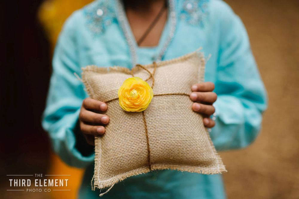 marigold inspired indian wedding featured on memorable indian weddings photography by third element photo18