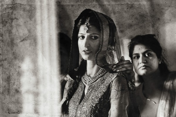 12 Sikh Wedding in Florence Sepia Wedding Photography by Edorado Agresti featured on Memorable Indian Weddings