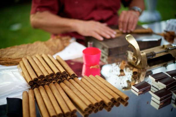 cigar as wedding favors