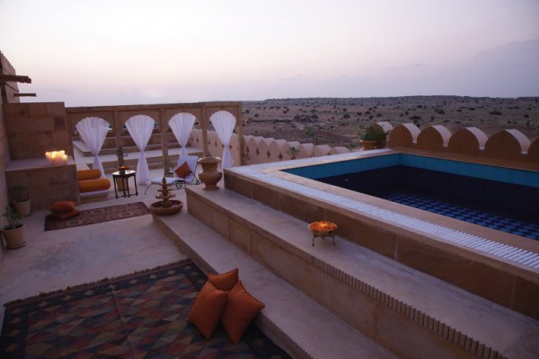 suryagarh-private-terrace-with-a-splash-pool-atop-the-jaisalmer-suite