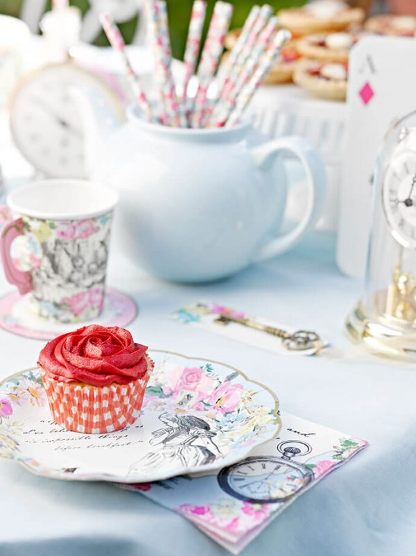 alice-in-wonderland-tea-party
