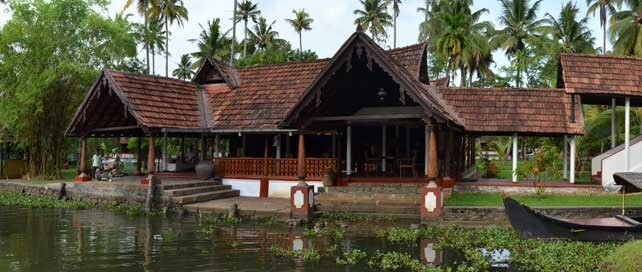 Best Wedding Hotel CGH Earth Coconut Lagoon in Kumarakom Kerala (2)