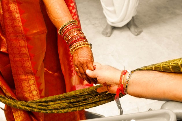 Candidshutters Candid Wedding Photographer in India featured on Memorable Indian Weddings (13)
