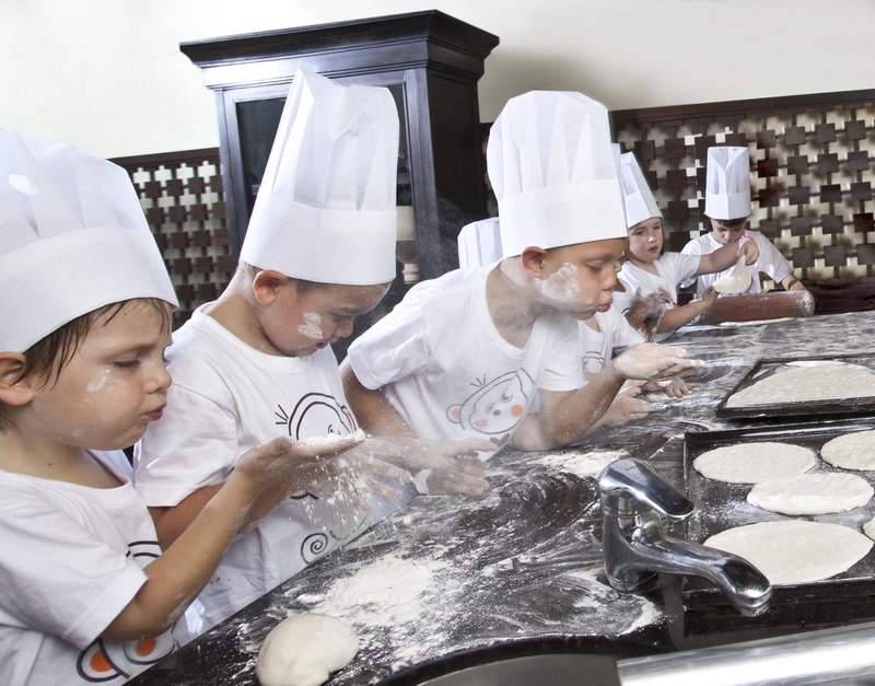 Children_s_Making_Pizza_Class__Anantara_Bophut_Resort_Koh_Samui