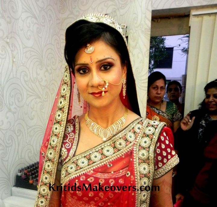 Indian Make Up Artist KirtiDs covered by Memorable Indian Wedding Dot Com (13)