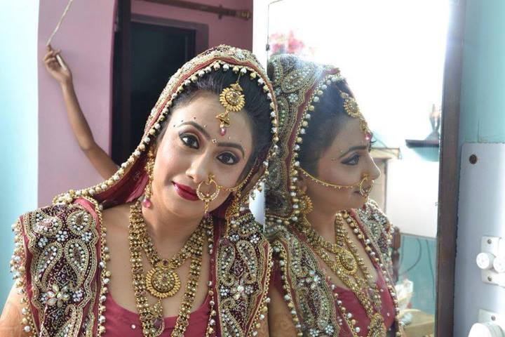 Indian Make Up Artist KirtiDs covered by Memorable Indian Wedding Dot Com (14)