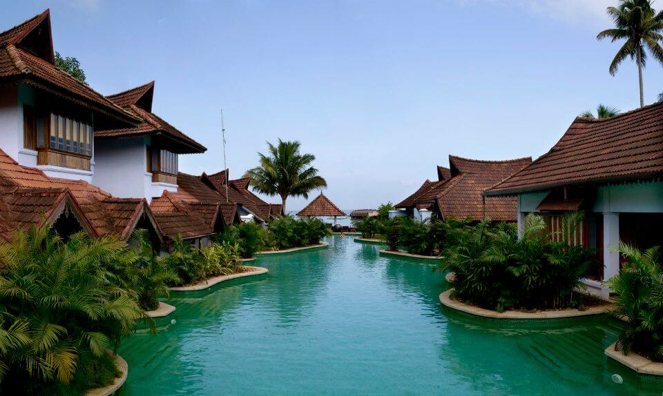 Luxury Wedding Hotel Kerala Kumarakom Lake Resort (3)