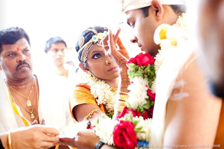 Real Indian Wedding featured on Memorable Indian Weddings Photography by VJ - Vijay and Harsha (9)_min