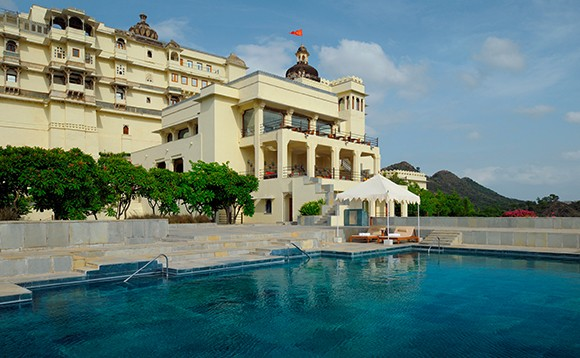 devigarh poolside
