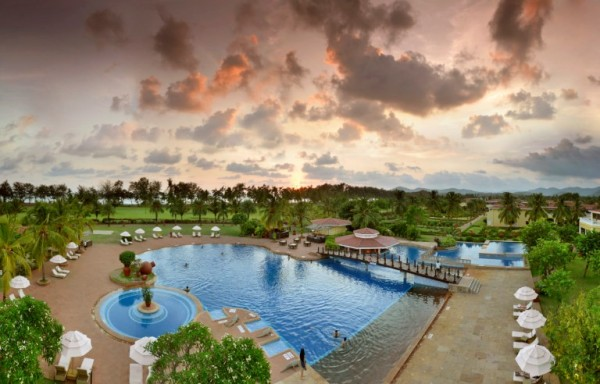 Lalit Golf and Spa Resort Wedding Hotel in Goa (5)