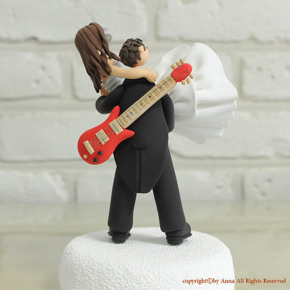 wedding cake topper man with guitar 7 ways to infuse guitar in your wedding memorable 26352